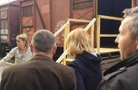 Spektakl w wagonach towarowych - początek