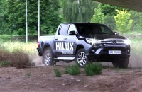 Toyota Hilux. Wciąż twarda