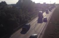 Parada ciężarówek Scania jedzie przez Gdańsk