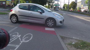 """Tak kierowcy """"widzą"""" rowerzystów"""