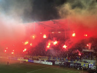 Race na meczu Arka - Legia