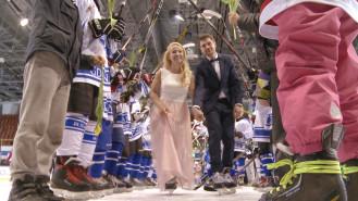Ślub na lodowisku w Hali Olivia