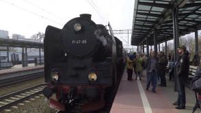 Zabytkowy parowóz przyjechał do Gdyni