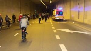 Przejazd rowerowy tunelem pod Martwą Wisłą