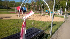 Niebezpieczny plac zabaw na Oruni Dolnej