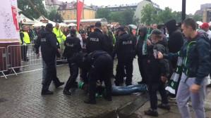 Interwencja policji w strefie kibica