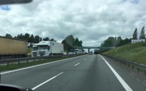 Korek na obwodnicy po awarii ciężarówki