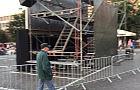 Hamak na tyłach operowej sceny
