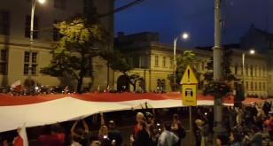 Największa biało-czerwona flaga w Polsce