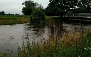 Podwyższony stan rzeki Radunia