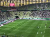 Gwizdy żegnają piłkarzy Lechii po pierwszej połowie meczu z Sandecją