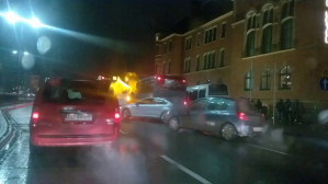 Autobus blokuje ruch w Gdańsku