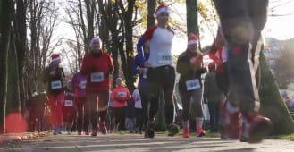 Blisko tysiąc Mikołajów pobiegło w szczytnym celu