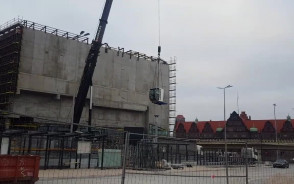 Ostatni element żurawia z Forum Gdańsk spakowany
