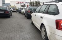 Odwilż - Spore kolejki do myjni samochodowych
