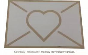 Prezent na walentynki - kartka walentynkowa drewniana z grawerem