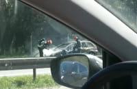 Płonie auto na obwodnicy w kierunku Gdyni