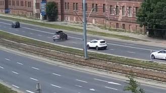 Brak studzienki zaskoczył kierowcę na Podwalu Przedmiejskim