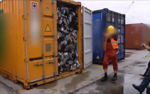 Konfiskata przeszło 1000 ton odpadów z Wielkiej Brytanii