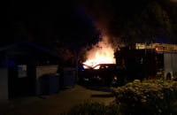Trzy auta paliły się nocą na Zaspie