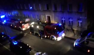 Nocna akcja strażaków na ul. Traugutta we Wrzeszczu