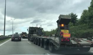 Transport wojskowy na Obwodnicy w Gdyni