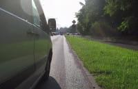 Bezmyślne wyprzedzanie, a kierowca nie wie o co chodzi