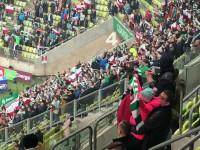 Hymn narodowy przed meczem Lechia-Cracovia