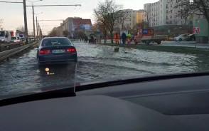 Jazda przez zalaną Morską