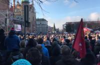 Targ Węglowy zapełniony podczas pogrzebu Pawła Adamowicza