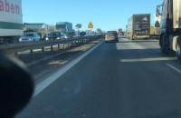 Awaria ciężarówki na obwodnicy na Szadółkach