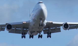 Lądowanie Jumbo Jeta w Gdańsku
