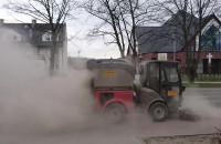 Wiosenne sprzątanie (?) miasta