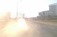 Lekkomyślny kierowca stwarza zagrożenie na drodze