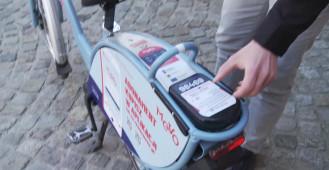 Wypożyczenie roweru Mevo za pomocą karty zbliżeniowej