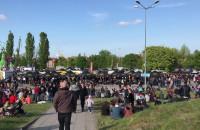 Ekipa techniczna przygotowuje scenę dla Tedego - gdańskie juwenalia 2019