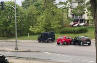 Kolizja na skrzyżowaniu Kieleckiej, Witomińskiej i Rolniczej na Witominie