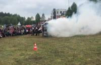 Pokazowy pożar na festynie na Chwarznie