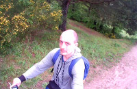 Jazda na rowerze po polanie Krykulec w Gdyni