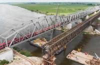 Rozbiórka zabytkowego mostu nad Wisłą w Tczewie