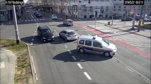 Straż miejska eskortowała samochód z rodzącą kobietą