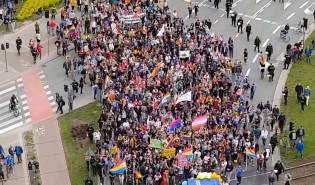 Marsz Równości wychodzi z Rajskiej