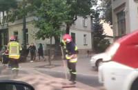 Rozlany olej i straż na Niepodległości w Sopocie