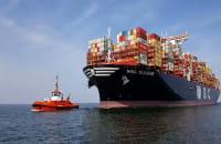 Największy kontenerowiec wpływa do portu w Gdańsku