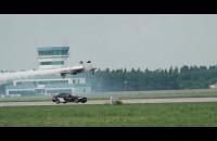 Lotos Gdynia Aerobaltic: wyścig BMW z samolotem