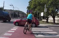 Kto popełnił błąd? Instruktor czy rowerzysta?