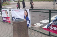 Niszczone banery wyborcze