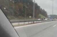 Wypadek na wjeździe na Trasę Kwiatkowskiego