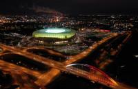 Stadion Energa nocą z lotu ptaka