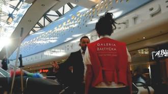 """Flash Mob w Galerii Bałtyckiej: Operetka """"Księżniczka Czardasza"""""""